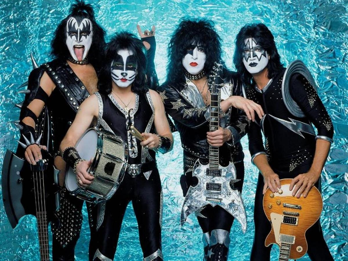 Legendary rockers, KISS, are coming to Canada