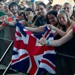 Def Leppard crowd Brit flag