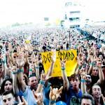 Def Leppard large Crowd shot