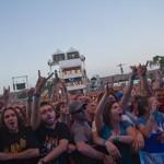 Def Leppard pit crowd shot